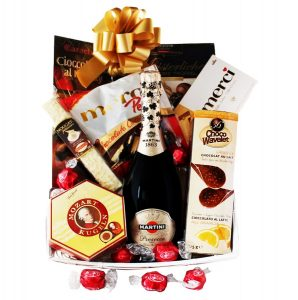 Classic Europe Gift Basket