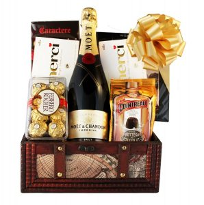 MOET Treasure Gift Basket